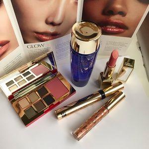 Estée Lauder makeup set